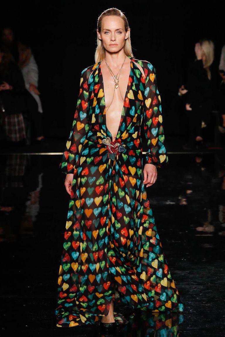 Версаче создал платье, которое носила Дженнифер Лопес 2