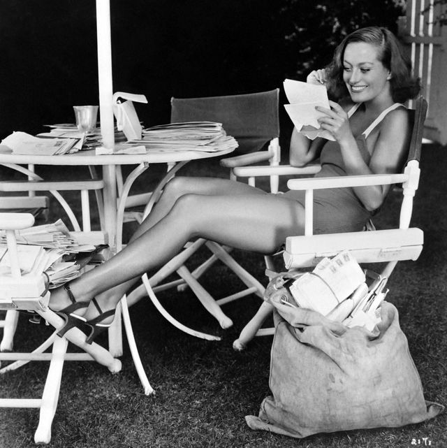 joan crawford reads letters from her fans
