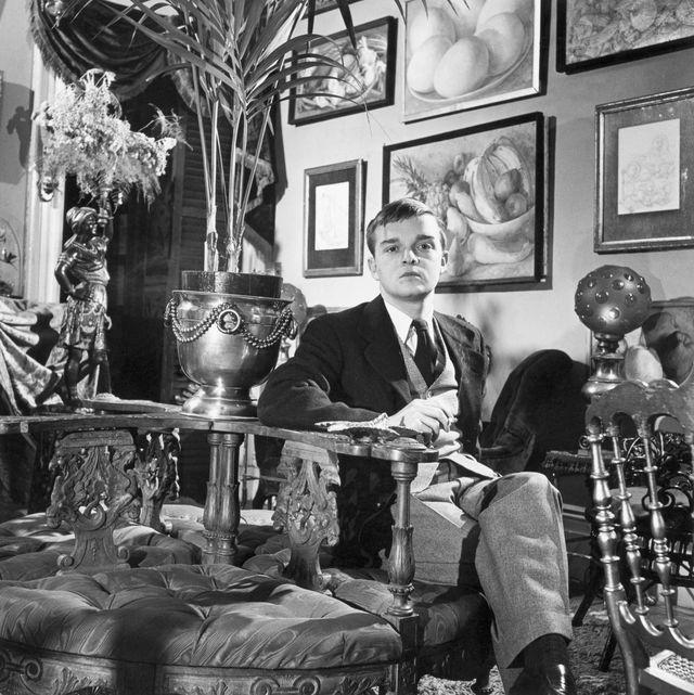 author truman capote in his lavish apartment