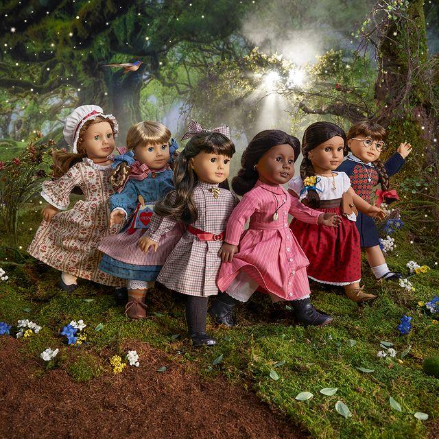 the original line of american girl dolls