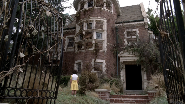 The Couple Who Bought the American Horror Story Murder House Are