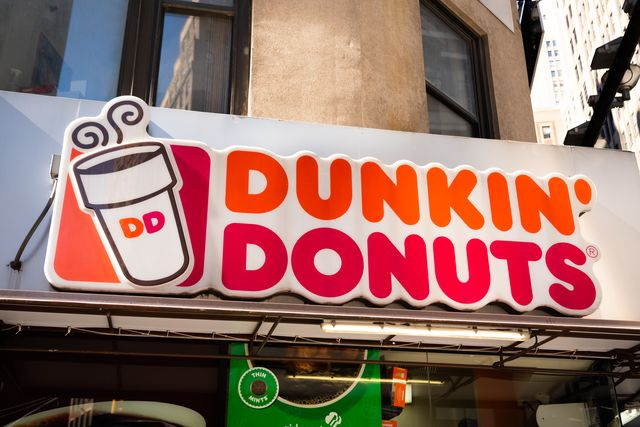american multinational coffeehouse and donut company, dunkin