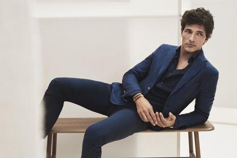 descuento de venta caliente online mejores zapatos Una americana azul marino y cuatro maneras diferentes de ...