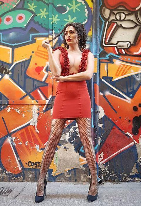 Orange, Red, Thigh, Leg, Fashion, Art, Human body, Cool, Footwear, Human leg,