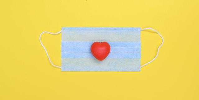 l'amore ai tempi delle mascherine e del vaccino