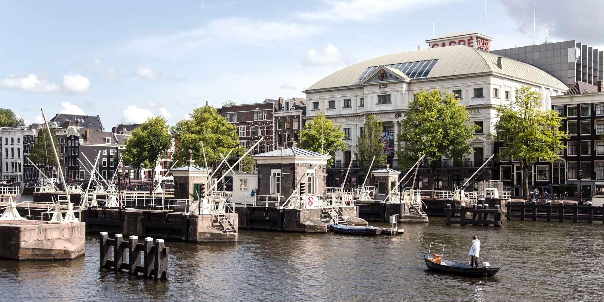 amstelschutsluis-sweets-hotel-brugwachtershuisjes-magere-brug