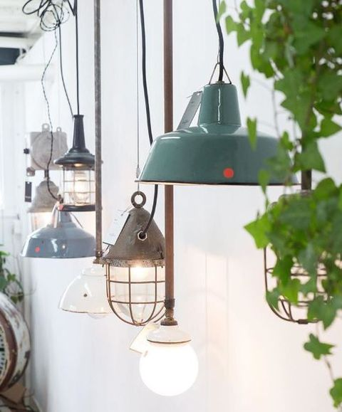 Green, Lighting, Iron, Lantern, Light fixture, Lamp, Lampshade, Lighting accessory, Room, Home,