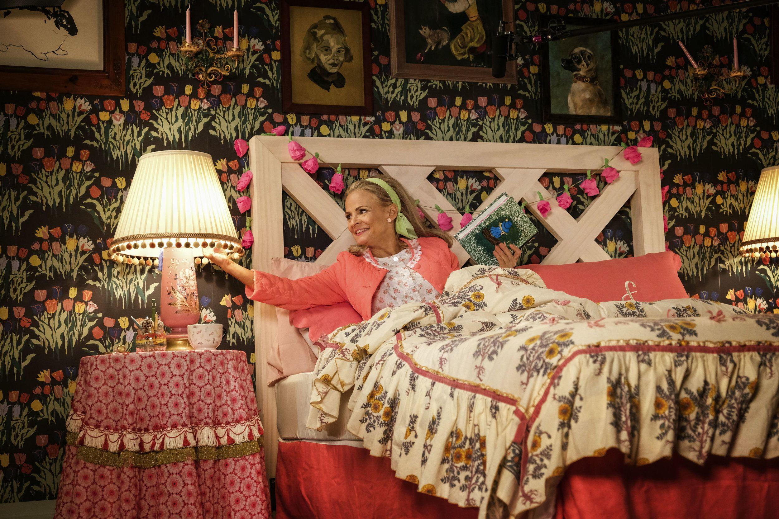 Amy Sedaris Naked amy sedaris talks about at home with amy sedaris season two