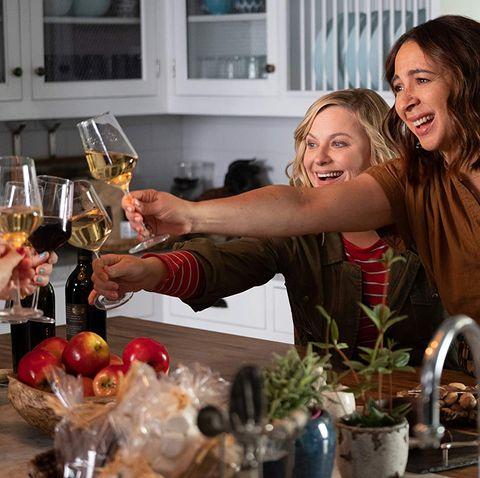 Drink, Floristry, Floral design, Barware, Flower Arranging, Alcohol, Liqueur, Distilled beverage, Glass, Champagne,