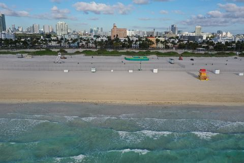 Miami Beach Reacts To Coronavirus By Shutting Down Beaches To Limit Spring Break Gatherings