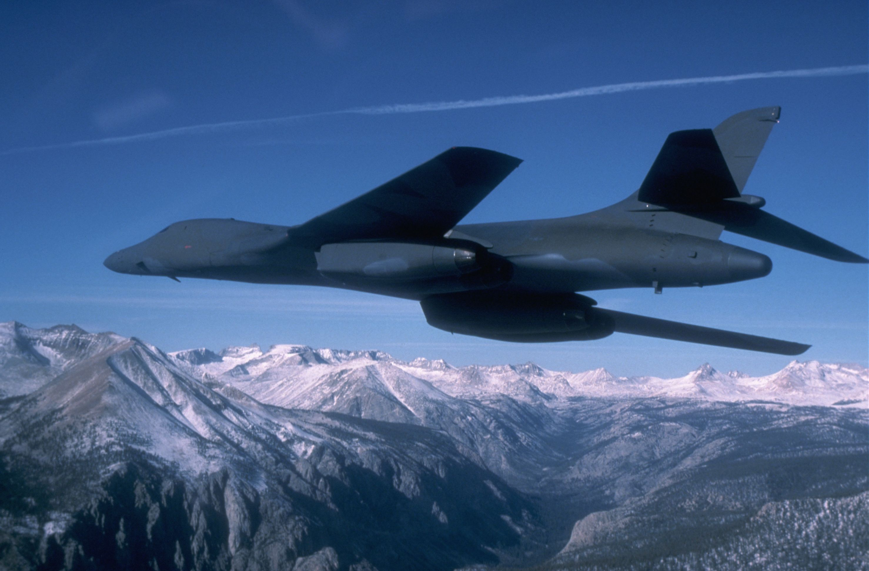 The Aging B-1 Bomber Can No Longer Fly Like It Used To