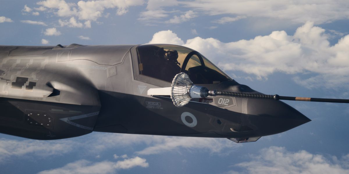 F-35 Pilot Reveals the Disappointing Truth About the Fighter's Cockpit