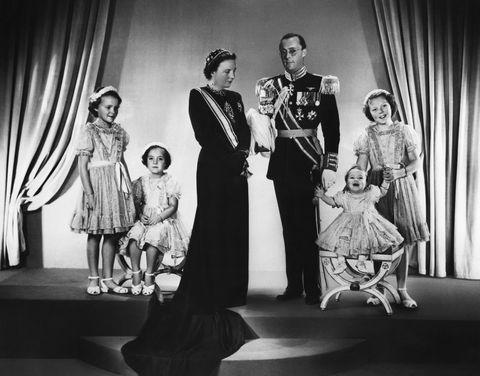 dutch royal family portrait, 1948