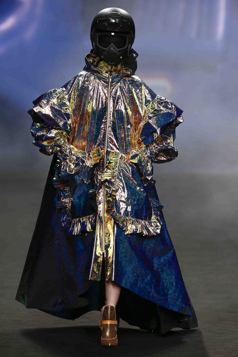 Fashion, Runway, Outerwear, Fashion design, Haute couture, Costume design, Costume, Fashion show, Art,