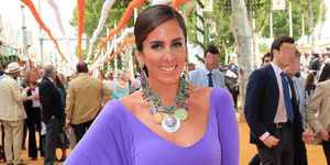 Anabel Pantoja, Arantxa de Benito, Cecilia Gómez y Raquel Revuelta son algunas de las famosas que se han dejado ver por el real de la Feria de Abril de Sevilla.