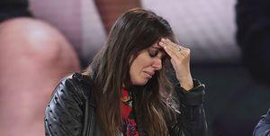 Anabel Pantoja llora junto a Jorge Javier Vázquez en el plató de GH VIP 7 tras su expulsión