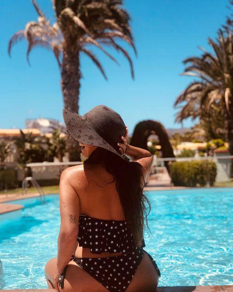 Vacation, Swimming pool, Leisure, Summer, Fun, Palm tree, Tree, Swimwear, Bikini, Resort,