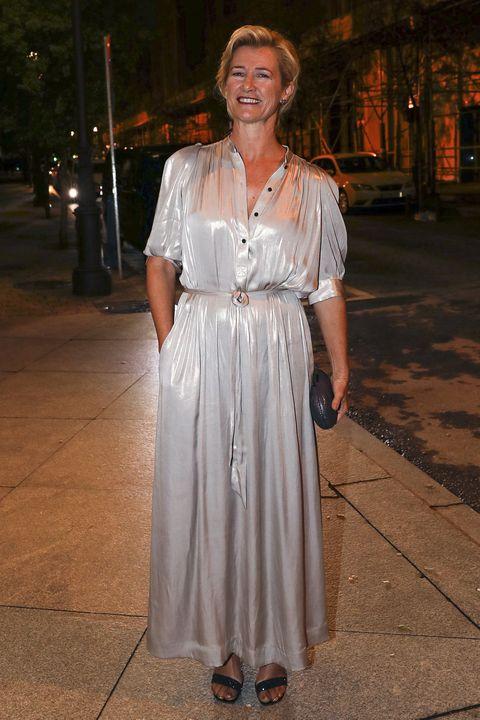 famosa moda look nochebuena