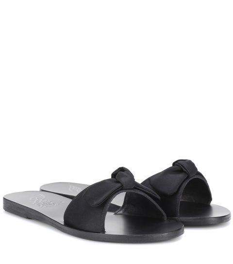 Footwear, Black, Slipper, Sandal, Shoe, Flip-flops, Slingback, Leather, Slide sandal, Strap,