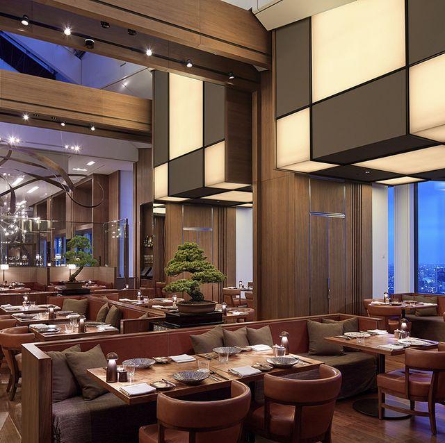 アンダーズ東京のレストラン内観