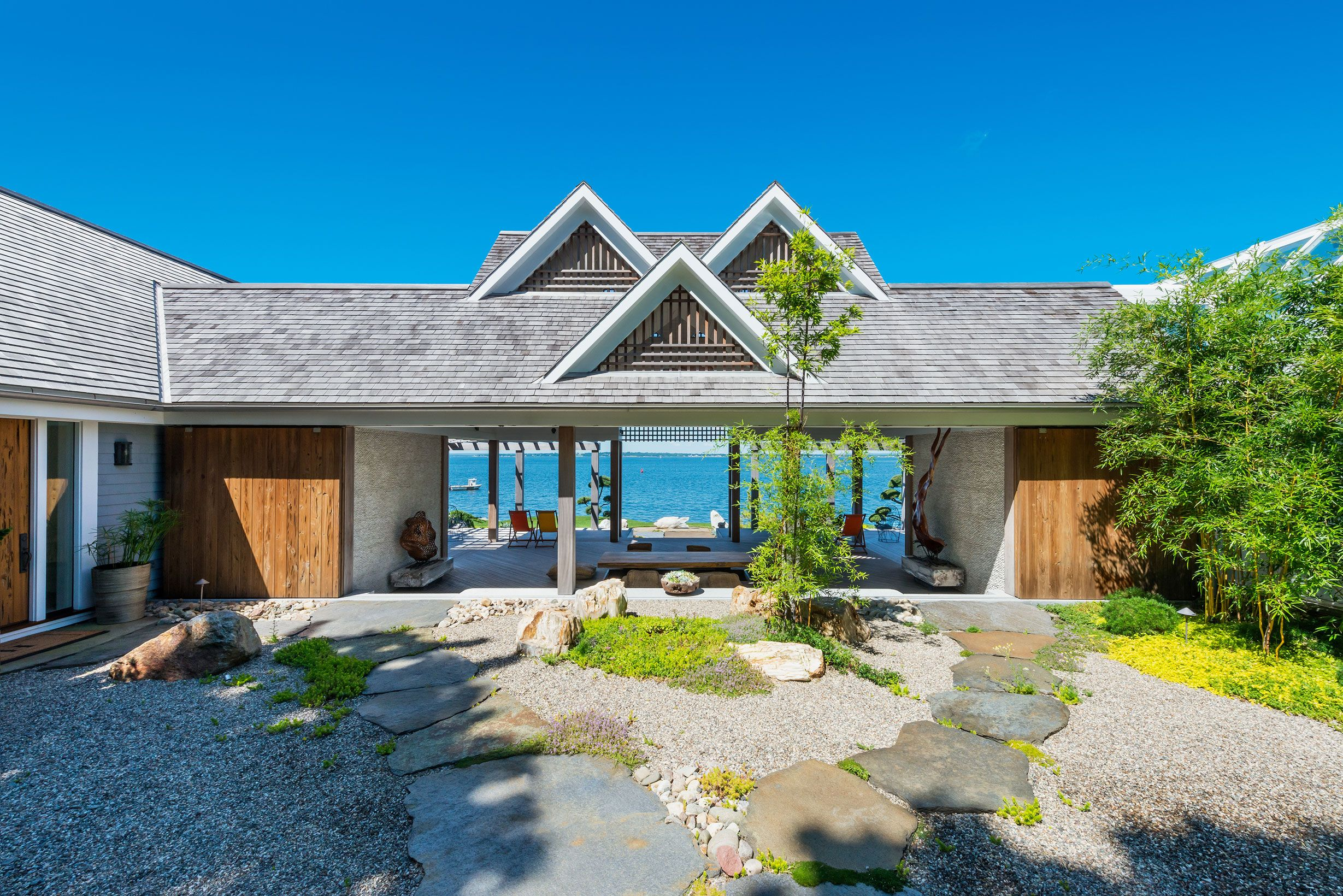 20 Best Waterfront Homes Lake Homes And Beach Homes