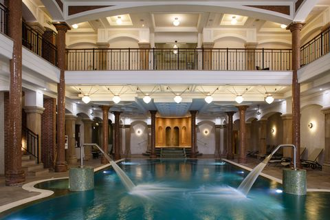 Building, Swimming pool, Thermae, Lobby, Interior design, Architecture, Hotel, Ceiling, Leisure, Estate,