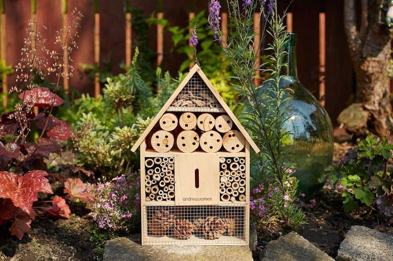 8 bee bricks, beehives and bee hotels to buy right now