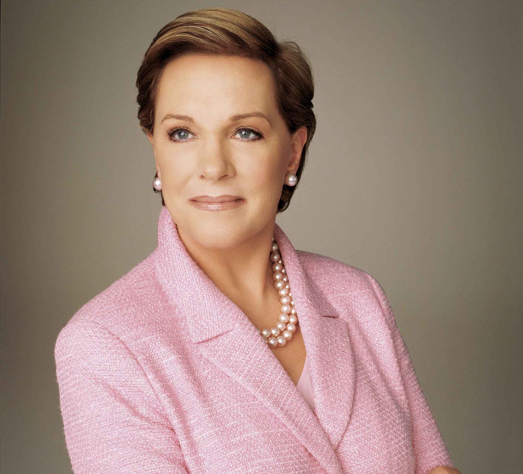 Julie Andrews wholesome stories about famous women