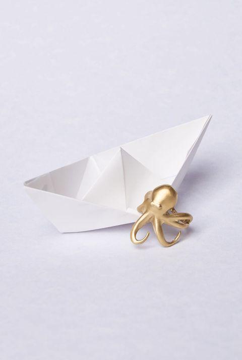 White, Paper, Beige, Paper product, Fashion accessory, Art paper, Origami, Craft, Ribbon, Art,