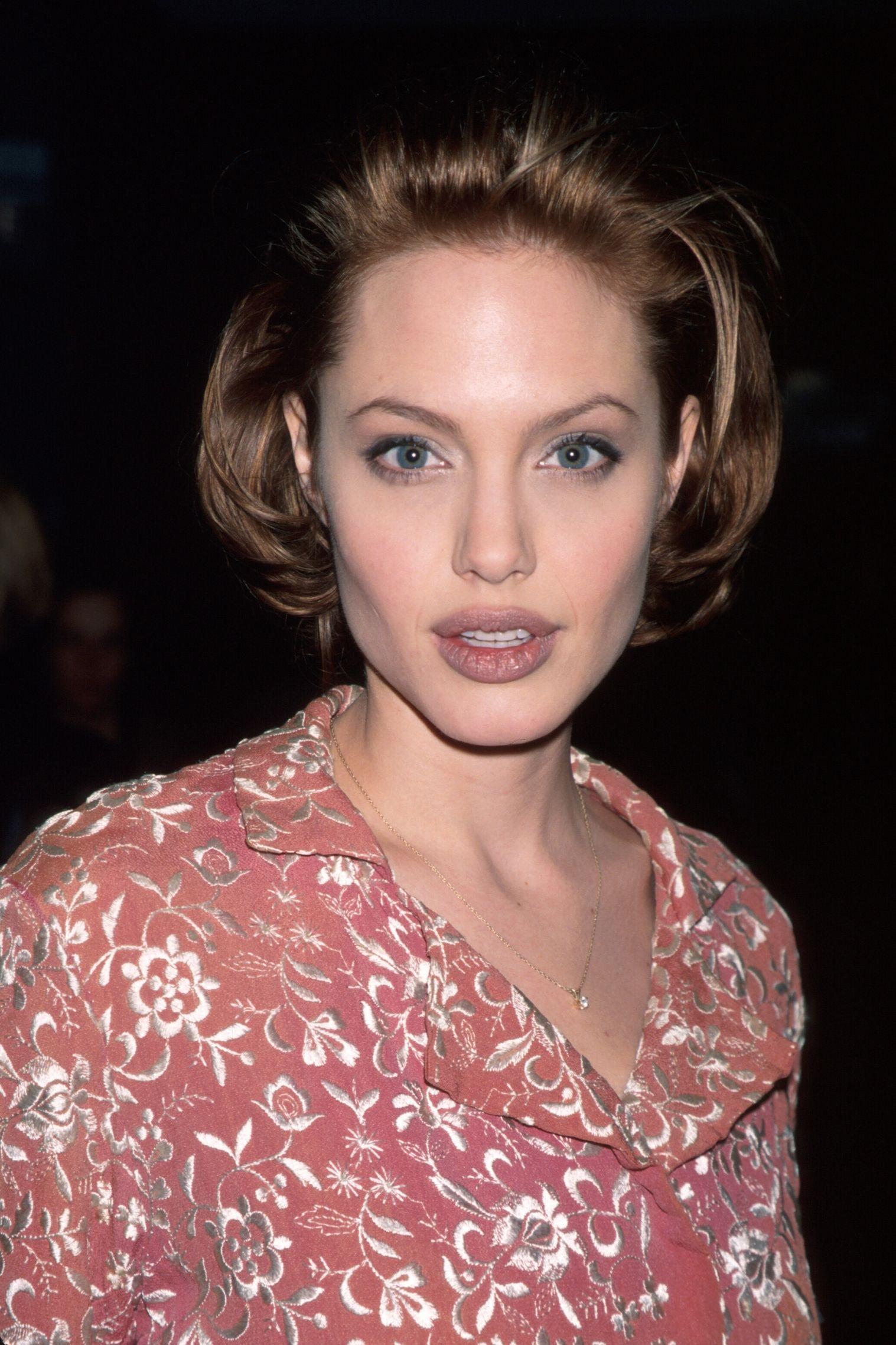 Angelina Jolie, 1999
