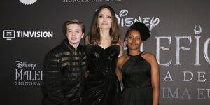 Angelina Jolie con Shiloh y Zahara en la premiere de Maléfica en Roma