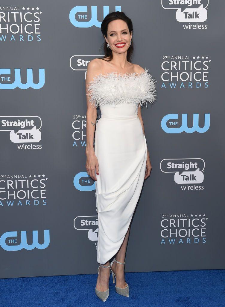 Angelina Jolies Style Angelina Jolies Most Fashionable Outfits