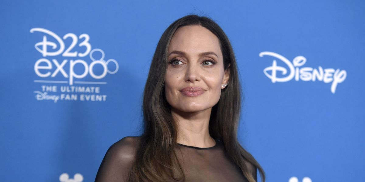 Marvel star Angelina Jolie's new firefighting action film gets first reviews