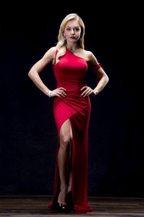 Red, Clothing, Dress, Shoulder, Blond, Fashion model, Beauty, Model, Thigh, Fashion,