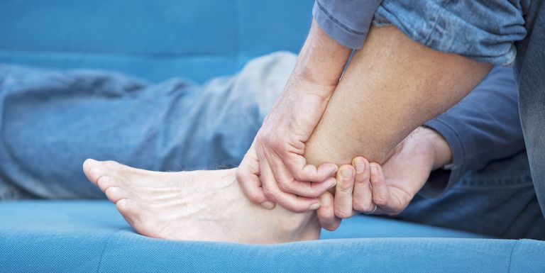 6 Reasons why your feet are numb and tingly all the time