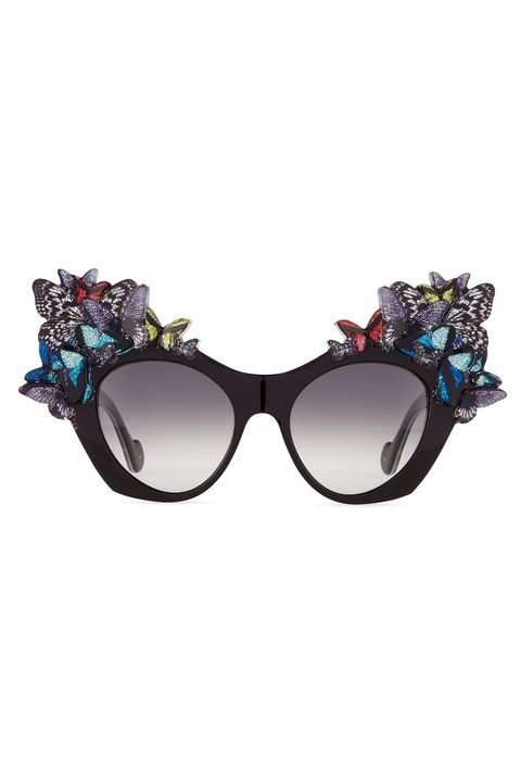 Eyewear, Sunglasses, Glasses, Personal protective equipment, Goggles, Vision care, Costume accessory, Fashion accessory, aviator sunglass,