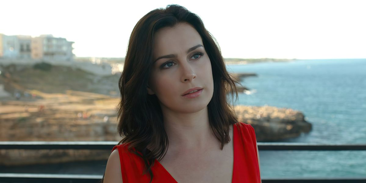 Who Is Anna Maria Sieklucka Who Plays Laura In 365 Dni