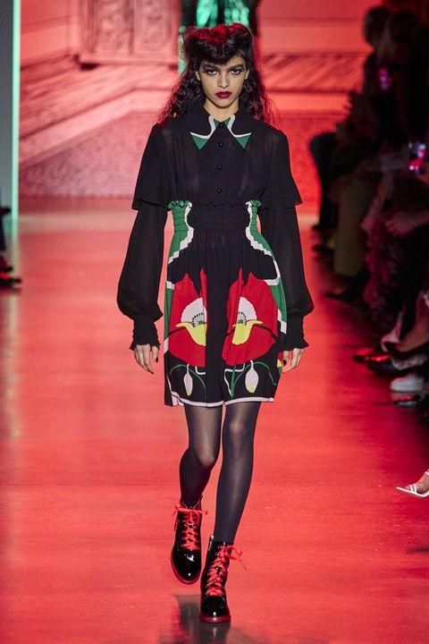 Fashion, Fashion model, Runway, Fashion show, Clothing, Red, Haute couture, Footwear, Public event, Fashion design,