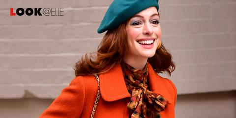 Look moda 2019  gli outfit di Anne Hathaway fanno tendenza ac86a49cfc9