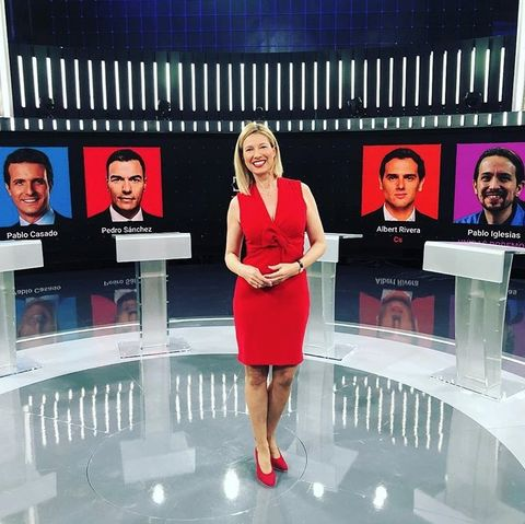 Product, Skin, Beauty, Fashion, Newsreader, Television program, Event, Display device, Media, Newscaster,