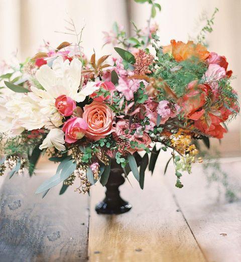 Flower, Flower Arranging, Bouquet, Floristry, Floral design, Cut flowers, Pink, Garden roses, Plant, Rose,