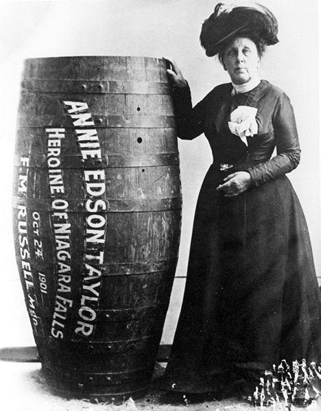 Annie Edson Taylor la viaggiatrice avventurosa