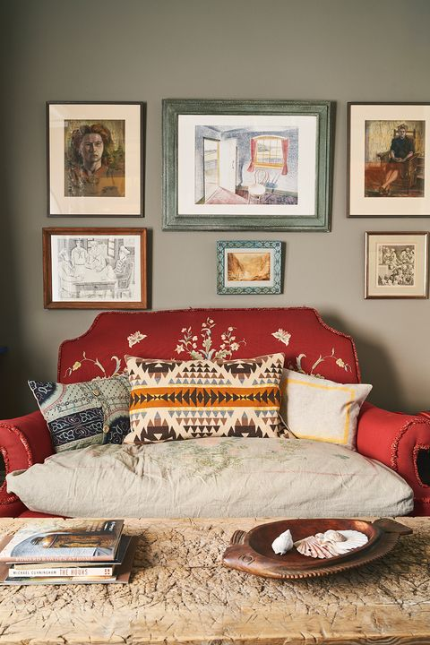 annie sloan oxford home sitting room with red sofa