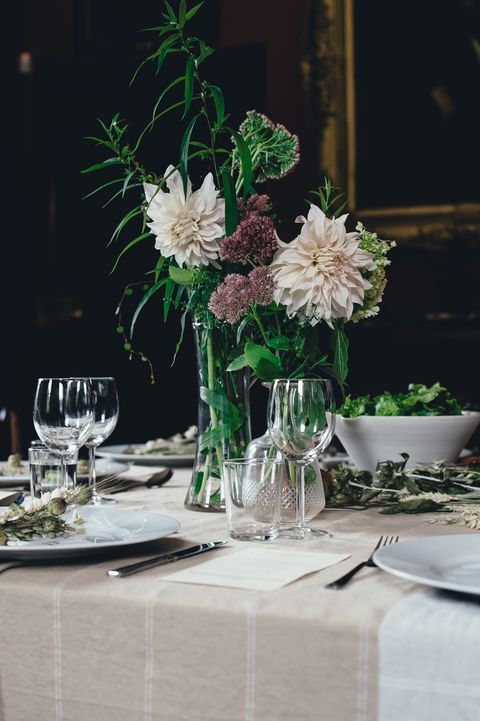 Centrepiece, Flower, Cut flowers, Rehearsal dinner, Flower Arranging, Table, Plant, Floristry, Floral design, Tablecloth,