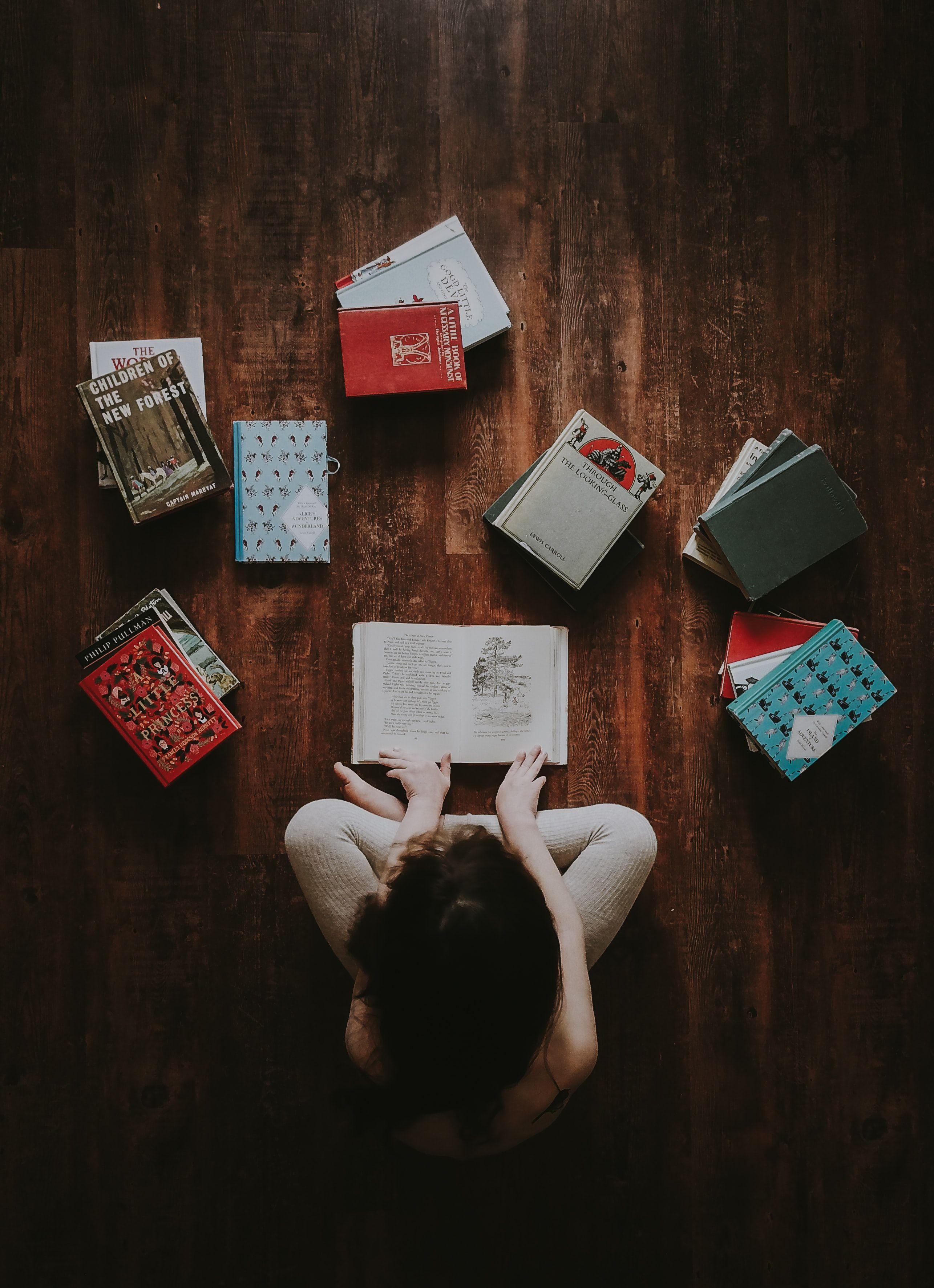 25 libri per bambini da regalare a Natale (anche agli adulti)