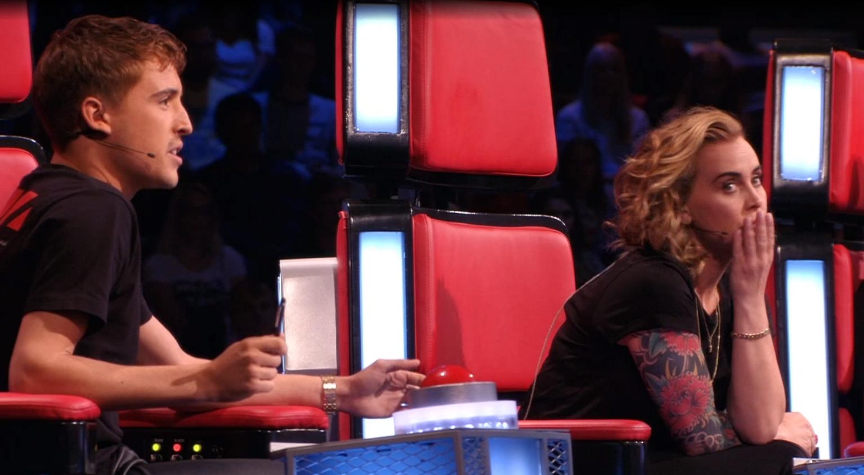 Anouk En Lil Kleine Liggen In De Clinch Bij The Voice Of Holland