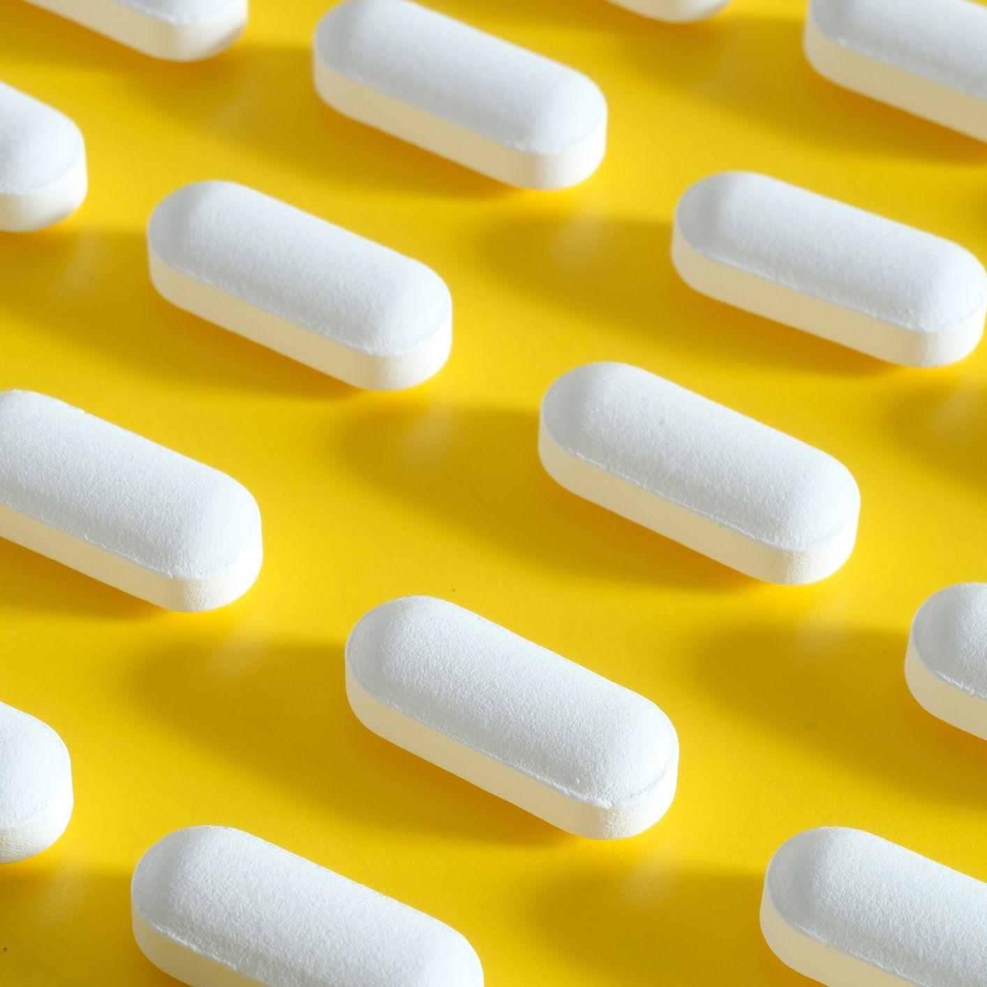 Here's When It's Smart to Skip Antibiotics, According to Doctors