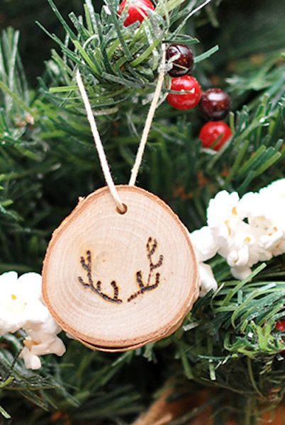 diy christmas ornaments antler wood slice