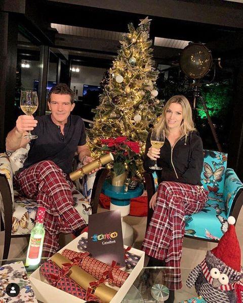 Christmas tree, Christmas, Tartan, Event, Design, Tree, Christmas decoration, Christmas eve, Textile, Tradition,