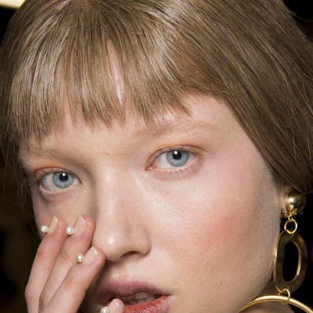 Face, Hair, Cheek, Lip, Eyebrow, Nose, Blond, Chin, Hairstyle, Beauty,